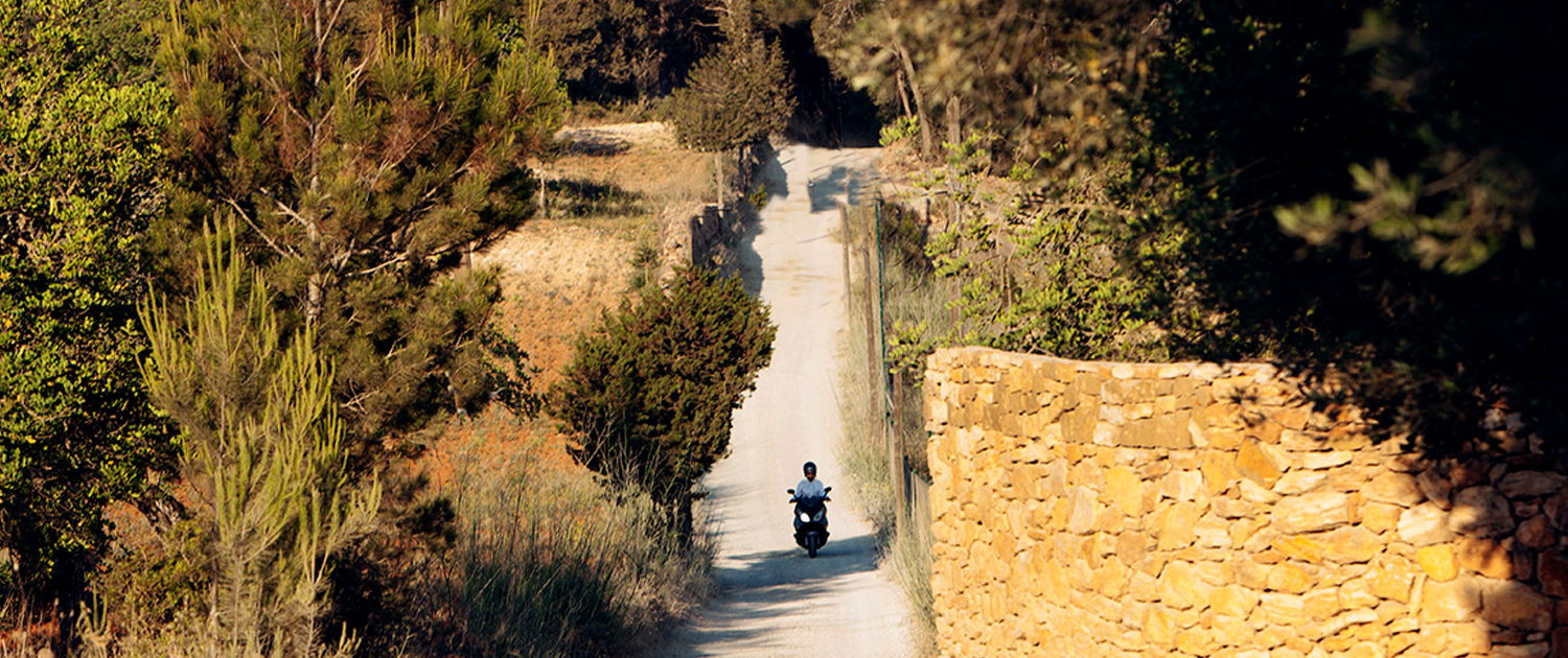 dirt track in ibiza with moped